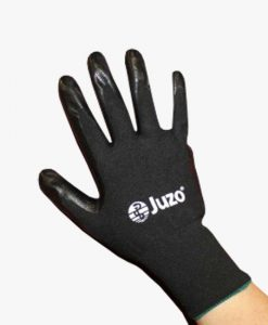 juzo-donning-gloves